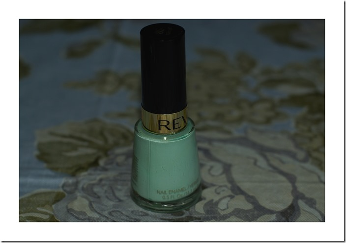 Minted Lakier REVLON 85 jako alternatywa do lakieru Diora